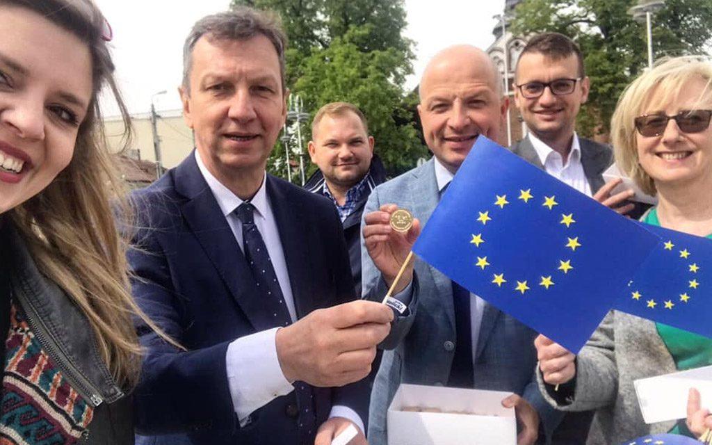 """Halicki w """"Rzeczpospolitej"""": Pełzający polexit trwa od 2015 r."""